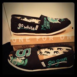 ✌🏻MSU custom TOMS!!